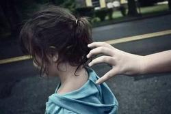 Kịp thời giải cứu 6 bé gái trong đường dây buôn bán trẻ em, trước khi bị đẩy tới các cơ sở karaoke, massage