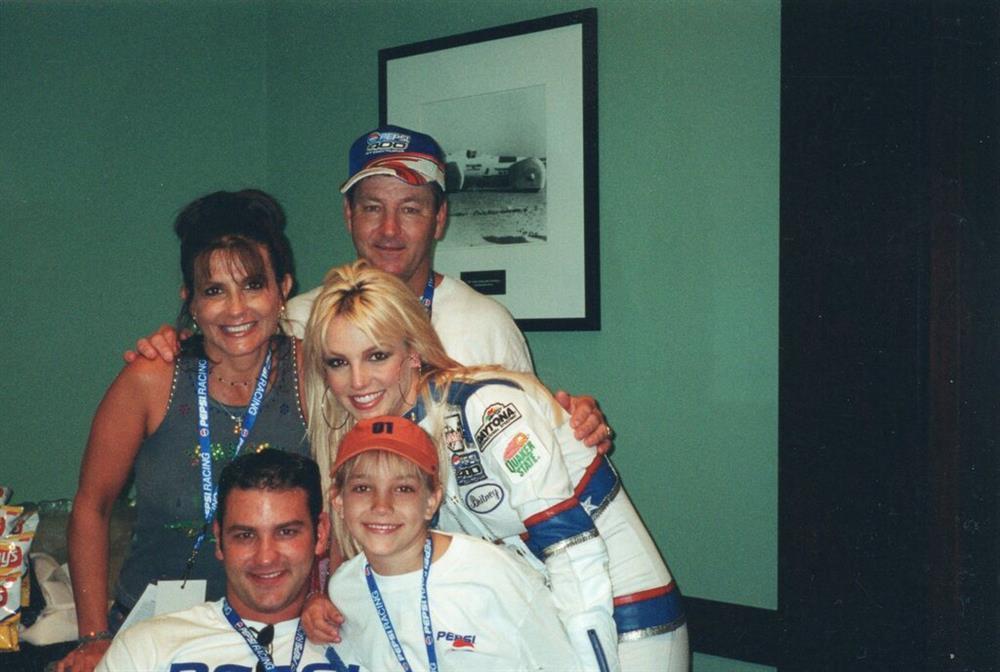 Britney Spears đang tính toán điều gì?-2