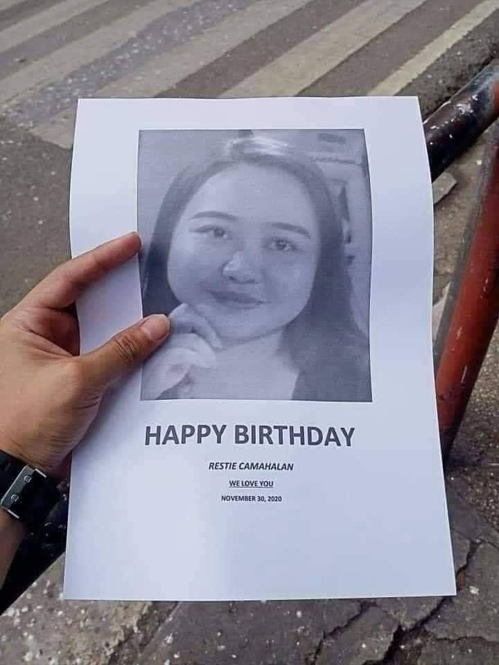 Bạn thân chúc mừng sinh nhật kiểu bá đạo, dán poster khắp thành phố dìm hàng-1