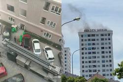 Dân nháo nhào tháo chạy khi cháy cầu thang bộ tầng 14 chung cư