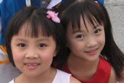 Số phận hai bé gái sau 13 năm vụ hát nhép chấn động