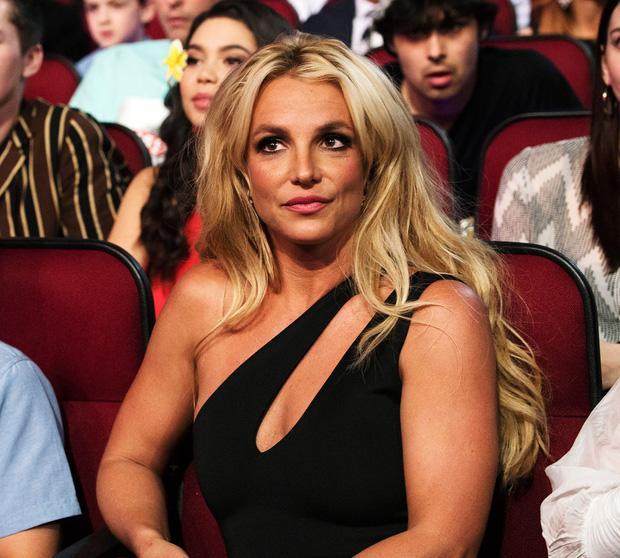 Vụ kiện của Britney Spears: tòa án lên tiếng, cha ruột nữ ca sĩ phát biểu gây phẫn nộ-1