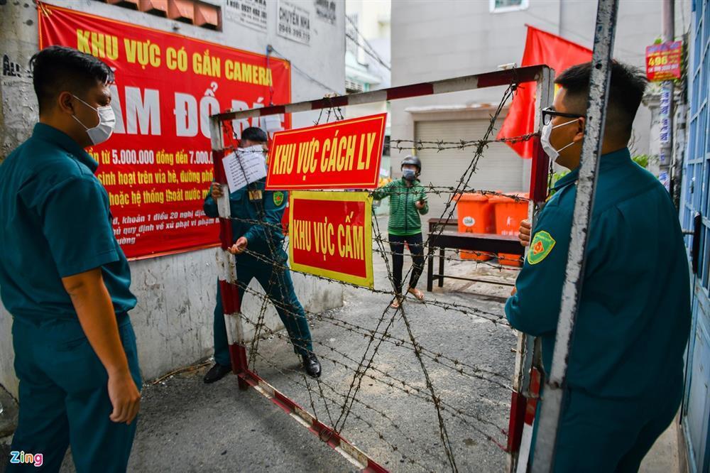 TP.HCM phong tỏa thêm nhiều khu vực huyện Hóc Môn từ 0h ngày 25/6-1