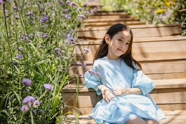 Gia thế Hoa hậu Hà Kiều Anh: Công chúa đời thứ 7, con vua cháu chúa-6