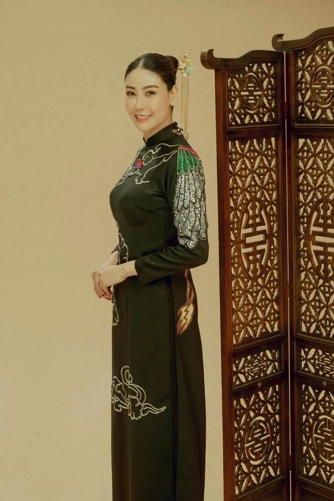 Hà Kiều Anh có hành động lạ giữa ồn ào công chúa triều Nguyễn-4