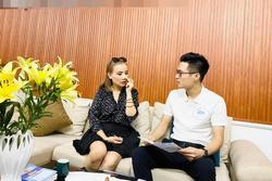 Hoàng Yến làm việc với luật sư, quyết tâm để chồng cũ chịu tội