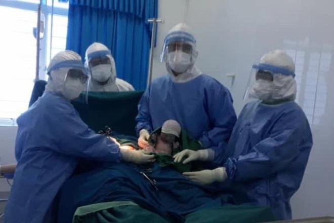 Sản phụ F0 chuyển dạ, sinh 1 bé gái mạnh khỏe trong khu cách ly-1
