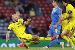 Tình hình sức khỏe của cầu thủ bị đốn gãy chân khi thi đấu EURO