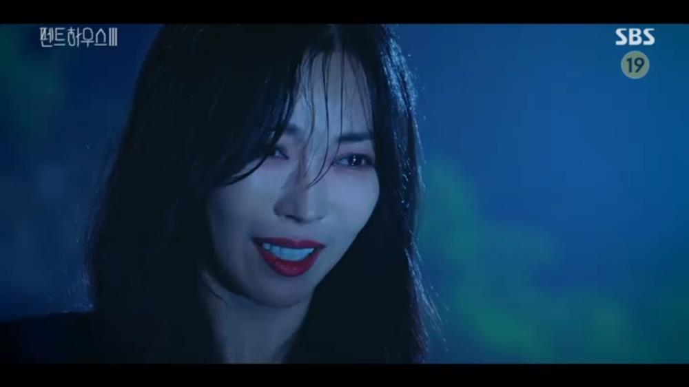 'Penthouse 3' tập 5 đầy kịch tính: 'Dì Trinh' Cheon Seo Jin là hung thủ giết Oh Yoon Hee