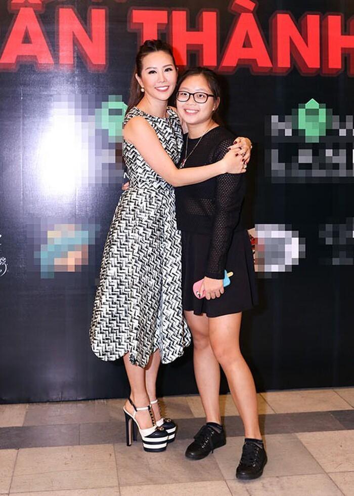 Vẻ đẹp chuẩn hot girl của con gái Thu Hoài và chồng thứ 3 Đài Loan-3
