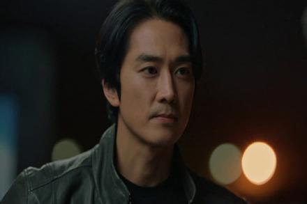 Phim mới của 'ông hoàng rating' Ji Sung khởi đầu ấn tượng