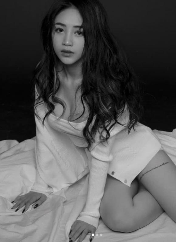 Con gái Minh Nhựa công khai nâng ngực, 3 tháng chưa dám bế con-6