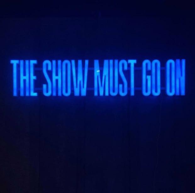 Lisa BLACKPINK làm fandom nháo nhào, chuẩn bị tối nay có teaser solo!-3