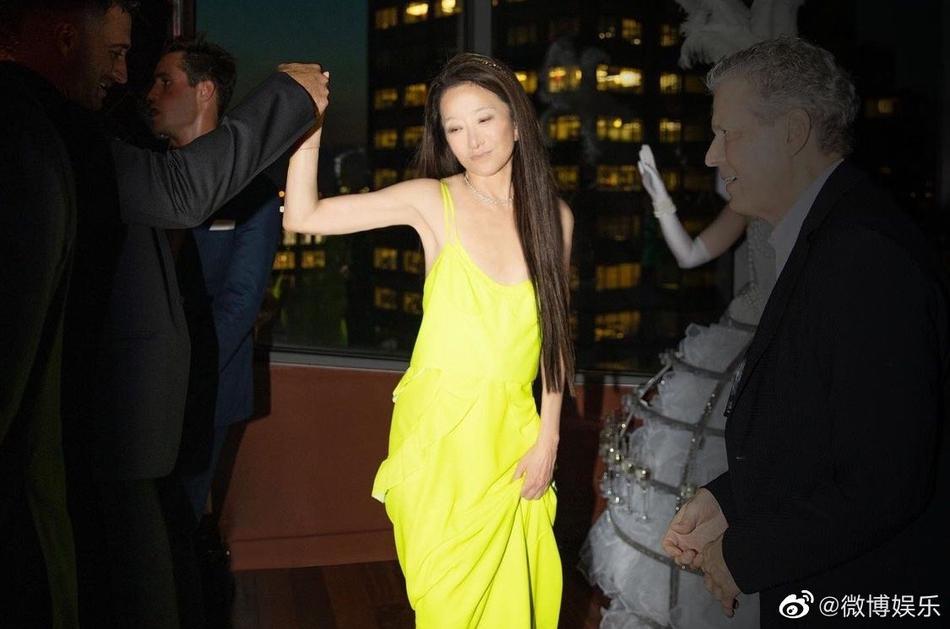 Vera Wang lộ nguyên dạng mặt nhàu: Chết đứng hay sốc nặng?-4