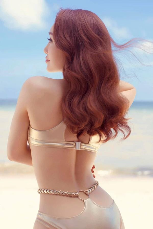Vợ sắp cưới kém 16 tuổi của Chi Bảo mặc bikini khoe bụng bầu-7