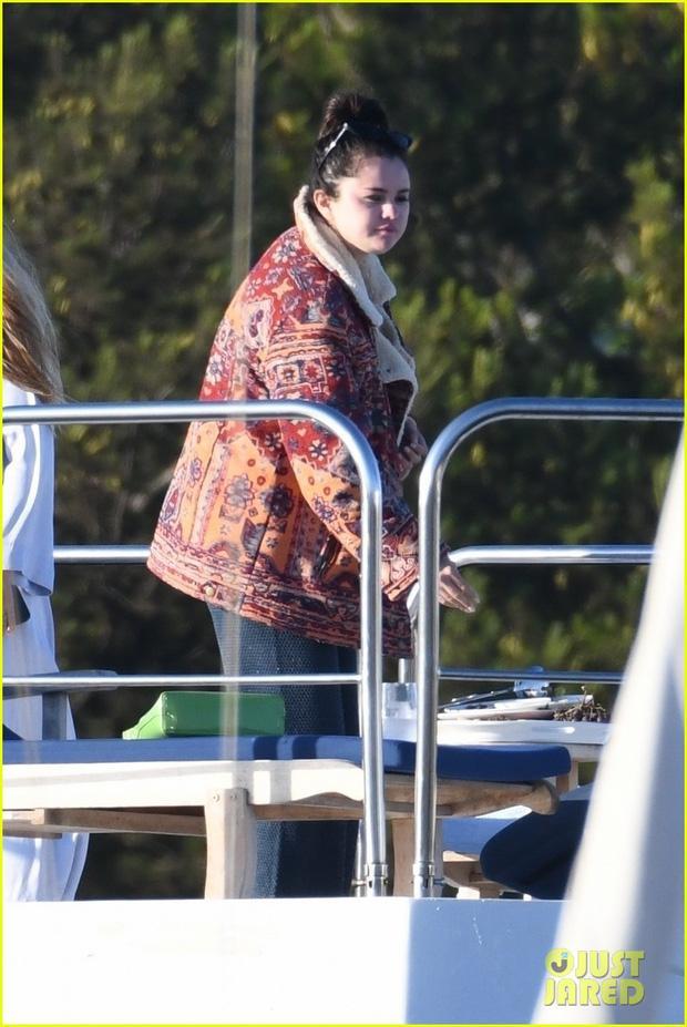 Không nhận ra Selena Gomez với thân hình phát phì-8