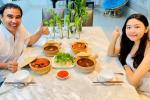 Quyền Linh khoe bữa tối sang chảnh, sự chú ý đổ dồn nhan sắc Lọ Lem