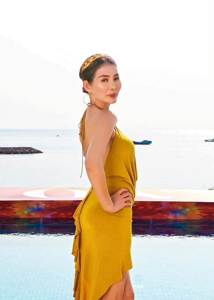 ĐỘC QUYỀN: Bạn thi phanh phui Thu Hoài mua giải Hoa hậu 100.000 USD-7