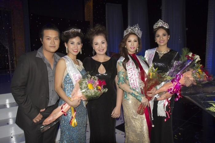 ĐỘC QUYỀN: Bạn thi phanh phui Thu Hoài mua giải Hoa hậu 100.000 USD-3
