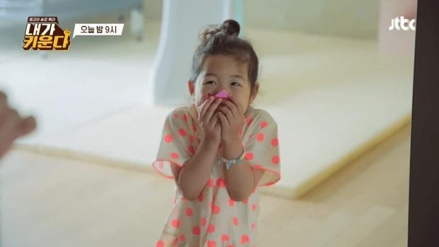 Vợ cũ Lee Dong Gun công khai con gái trên sóng truyền hình-4