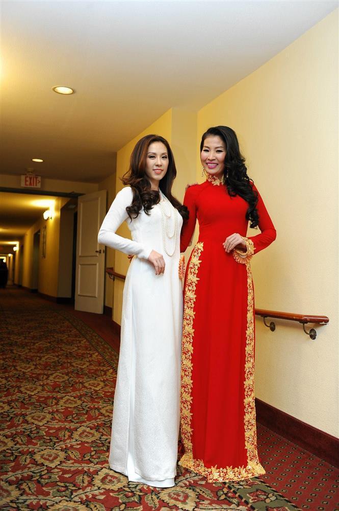 ĐỘC QUYỀN: Bạn thi phanh phui Thu Hoài mua giải Hoa hậu 100.000 USD-6