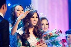 ĐỘC QUYỀN: Bạn thi phanh phui Thu Hoài mua giải Hoa hậu 100.000 USD
