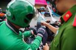 Nam shipper nhổ nước bọt vào đồ ăn của khách ở Trung Quốc-1
