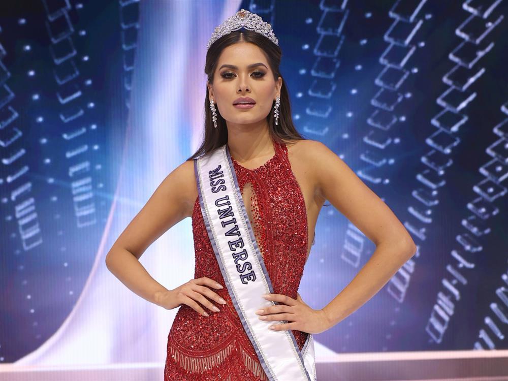 Nhan sắc tân Hoa hậu Hoàn vũ bị chê không hợp vương miện 116 tỷ-4