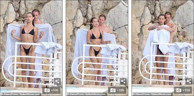 Bella Hadid diện bikini sexy hết nấc, tình bể bình bên bạn trai mới-11