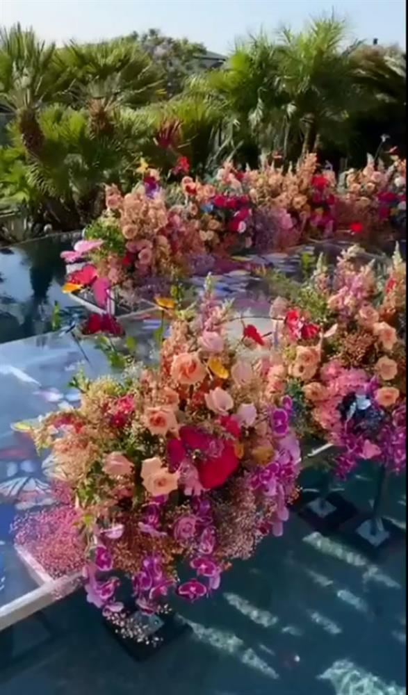 Nữ tỷ phú Việt kỷ niệm ngày cưới xa hoa, tặng chồng siêu xe 33 tỷ-4