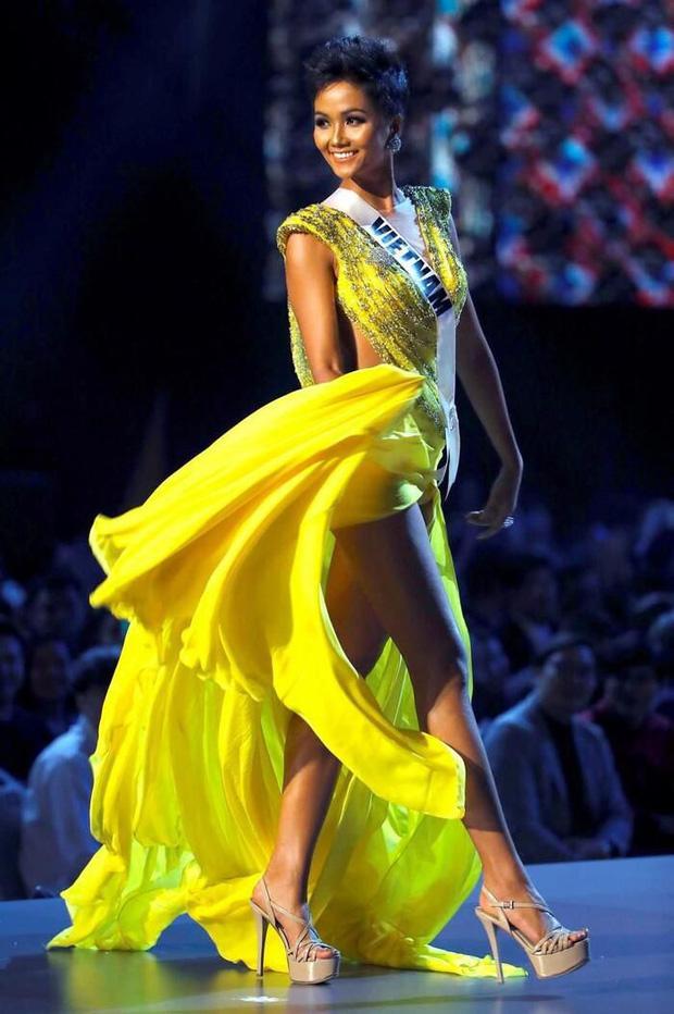 Dàn Hoa hậu khoe mặt mộc: Người khen hết lời, người quá khác biệt-6