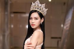 Đỗ Thị Hà chưa học catwalk và makeup để thi Miss World 2021