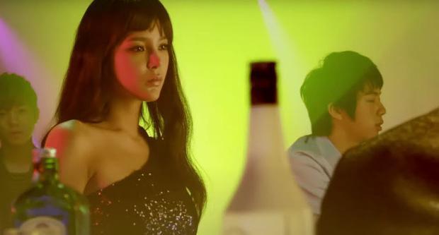 Phát hiện Jin từng làm vệ sĩ, kết hôn bất đắc dĩ trước khi là thành viên BTS-2