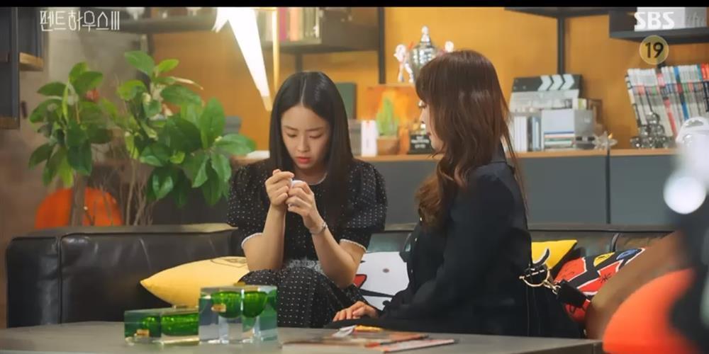 Penthouse 3 tập 7: Logan sống dậy, Soo Ryeon biết bí mật Seok Kyung là con ruột-4