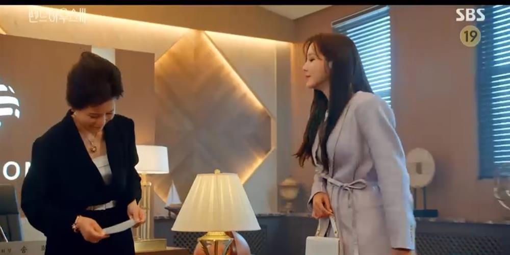 Penthouse 3 tập 7: Logan sống dậy, Soo Ryeon biết bí mật Seok Kyung là con ruột-7