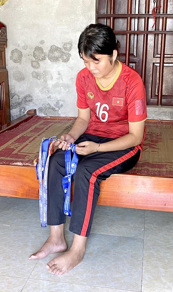 Nữ cầu thủ vụt tắt giấc mơ ở tuổi 18 vì bạo bệnh-1