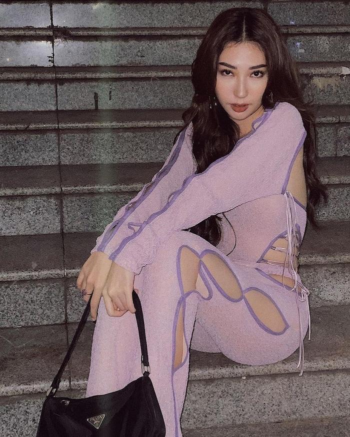 Sao Việt chạy theo trào lưu mặc váy thủng lỗ-6