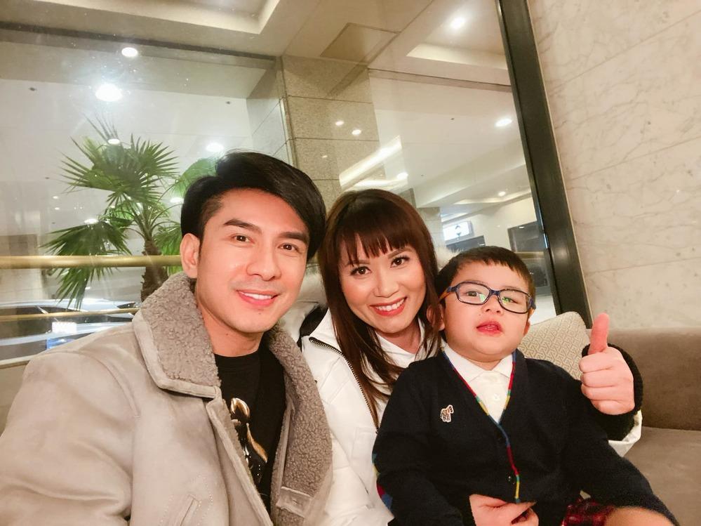3 cuộc ly hôn kẻ đấm - người xoa của showbiz Việt nửa đầu 2021-2