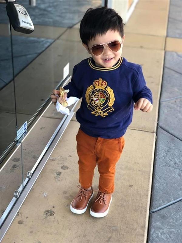Con trai Đan Trường 4 tuổi sở hữu công ty riêng, mặc toàn hàng hiệu-8