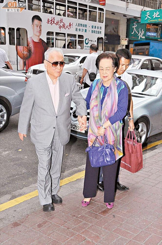 Người phụ nữ 70 năm độc sủng hậu cung tỷ phú giàu nhất Hong Kong-4