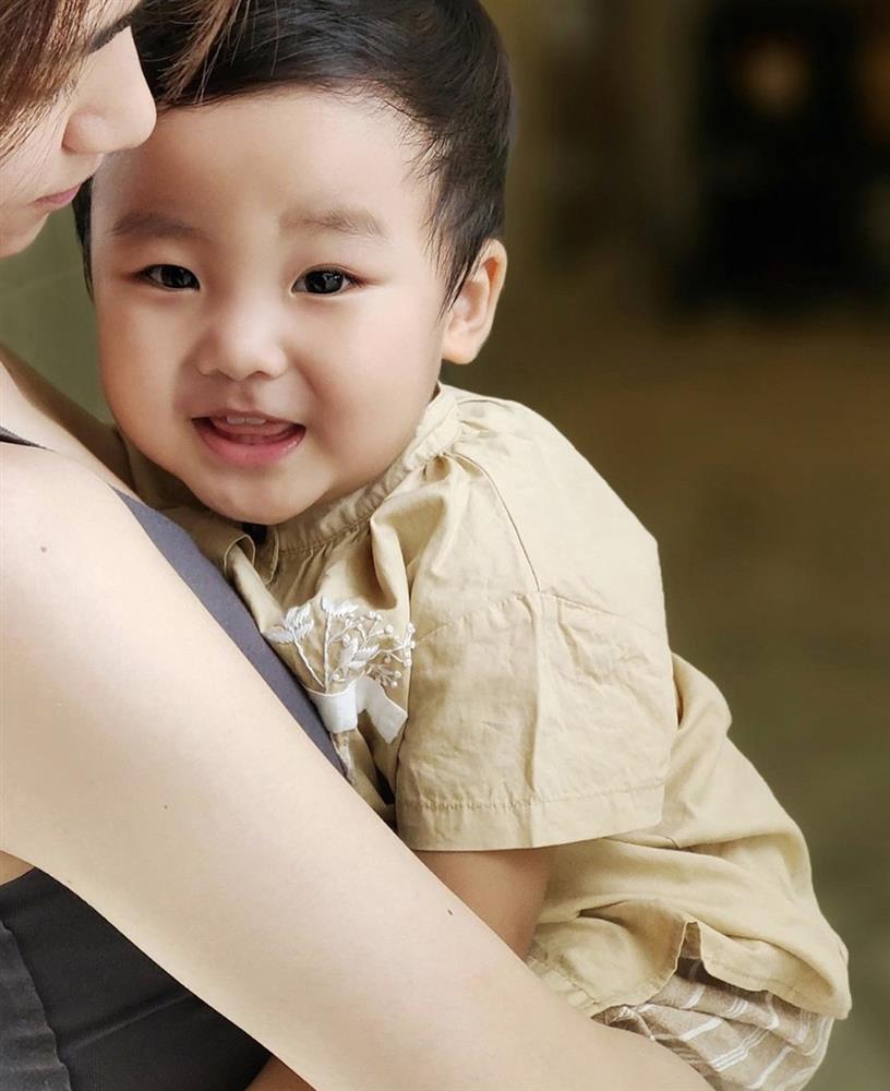 Phong cách thời trang cưng xỉu của soái ca nhí nhà Hoà Minzy, Trà My Idol-2