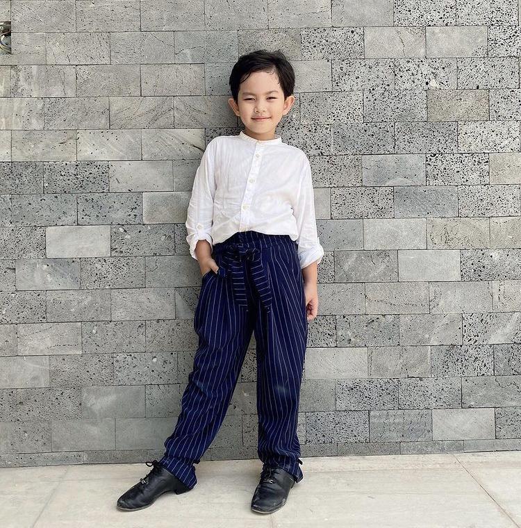 Phong cách thời trang cưng xỉu của soái ca nhí nhà Hoà Minzy, Trà My Idol-10