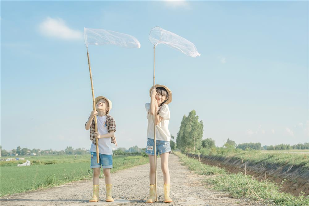 Tìm lại tuổi thơ qua loạt ảnh trong trẻo như sương mai