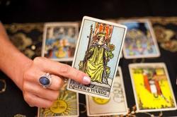 Bói bài Tarot thứ 5 ngày 22/7/2021: Cái 'tôi' mang họa hay cứu rỗi hôm nay?