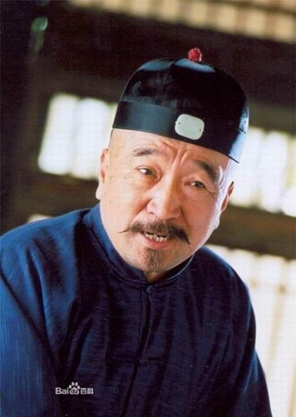 Sao Tể Tướng Lưu Gù đối đầu nhiều ông lớn, U80 vẫn đóng cảnh nguy hiểm-3