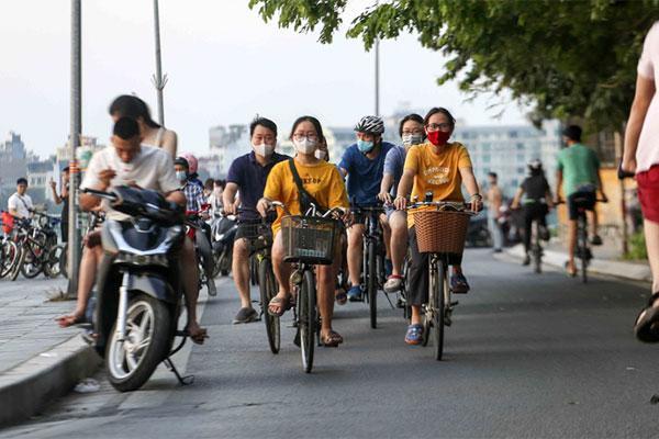 Truy vết người tập thể dục, đạp xe quanh Hồ Tây liên quan ca COVID-19-2