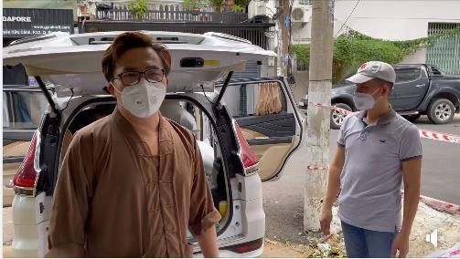 Nhật Kim Anh bị móc mỉa từ thiện bỏ túi riêng mùa dịch-1