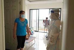 Đừng thấy hàng xóm là F0 mà hoảng: Bác sĩ chỉ cách bảo vệ gia đình