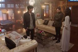 Cảnh quay lỗi 'Penthouse': Uhm Ki Joon hôn 'chị đẹp' xong quên luôn thoại