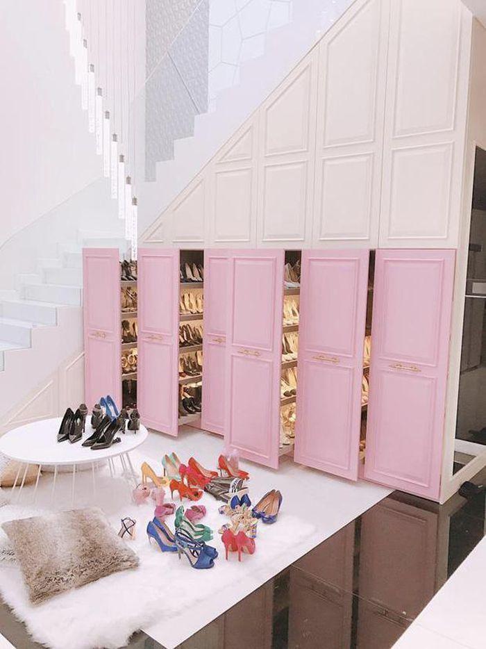 Sao Việt khoe tủ đồ hàng hiệu đắt ngang căn penthouse-4